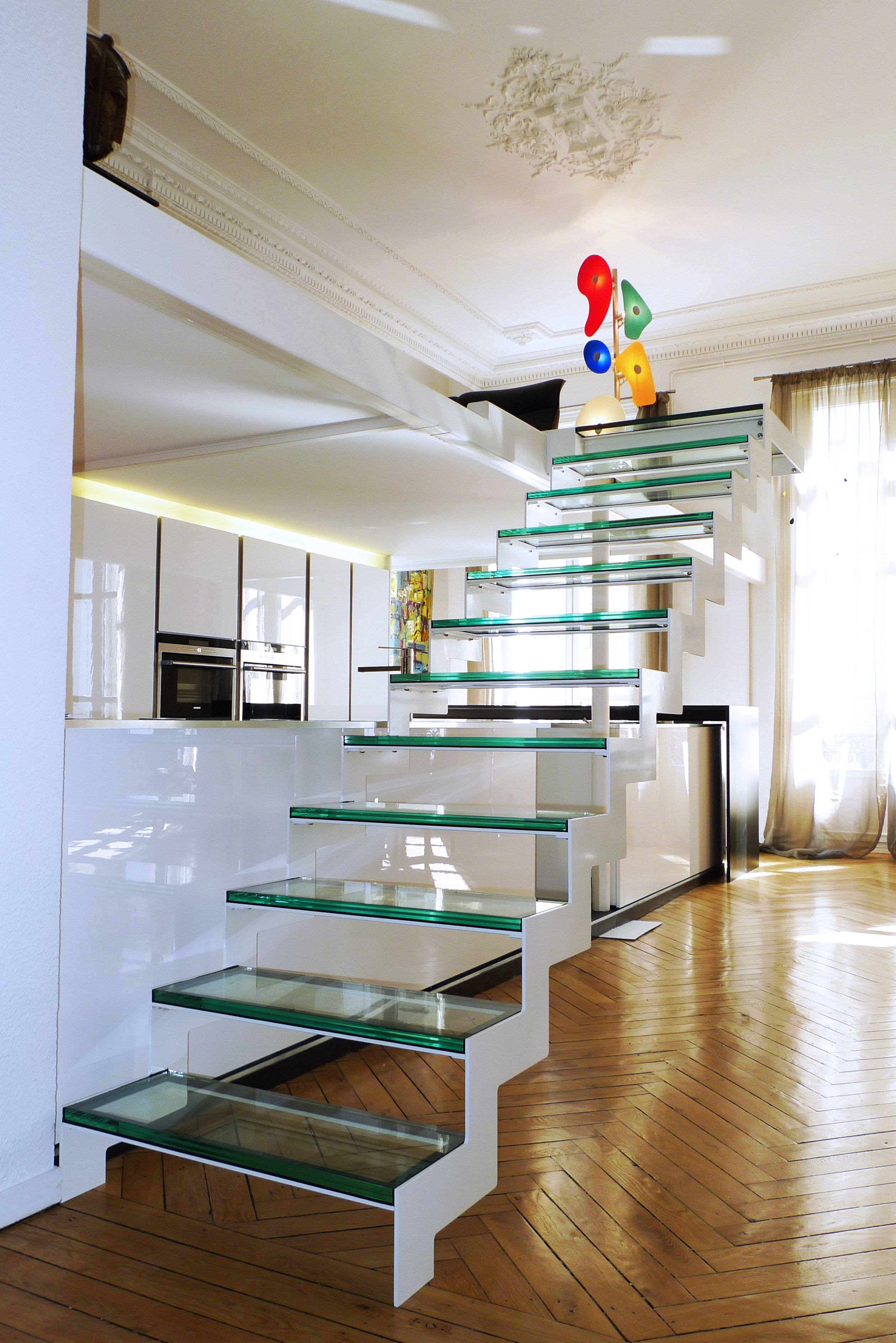 rbconcept-appartement-bourgeois-escalier-verre