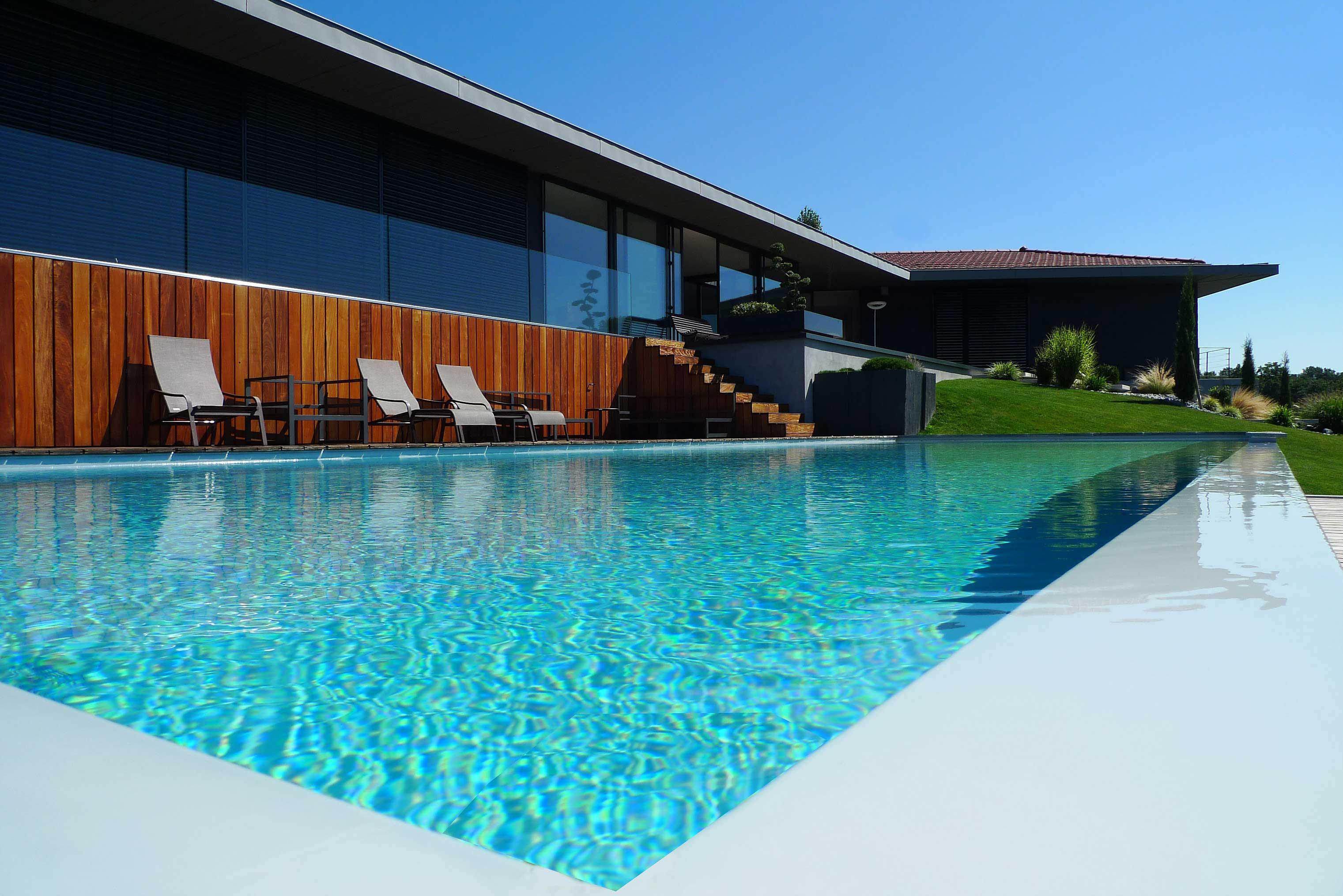 rbconcept-villa-p-piscine-bassin-debordement