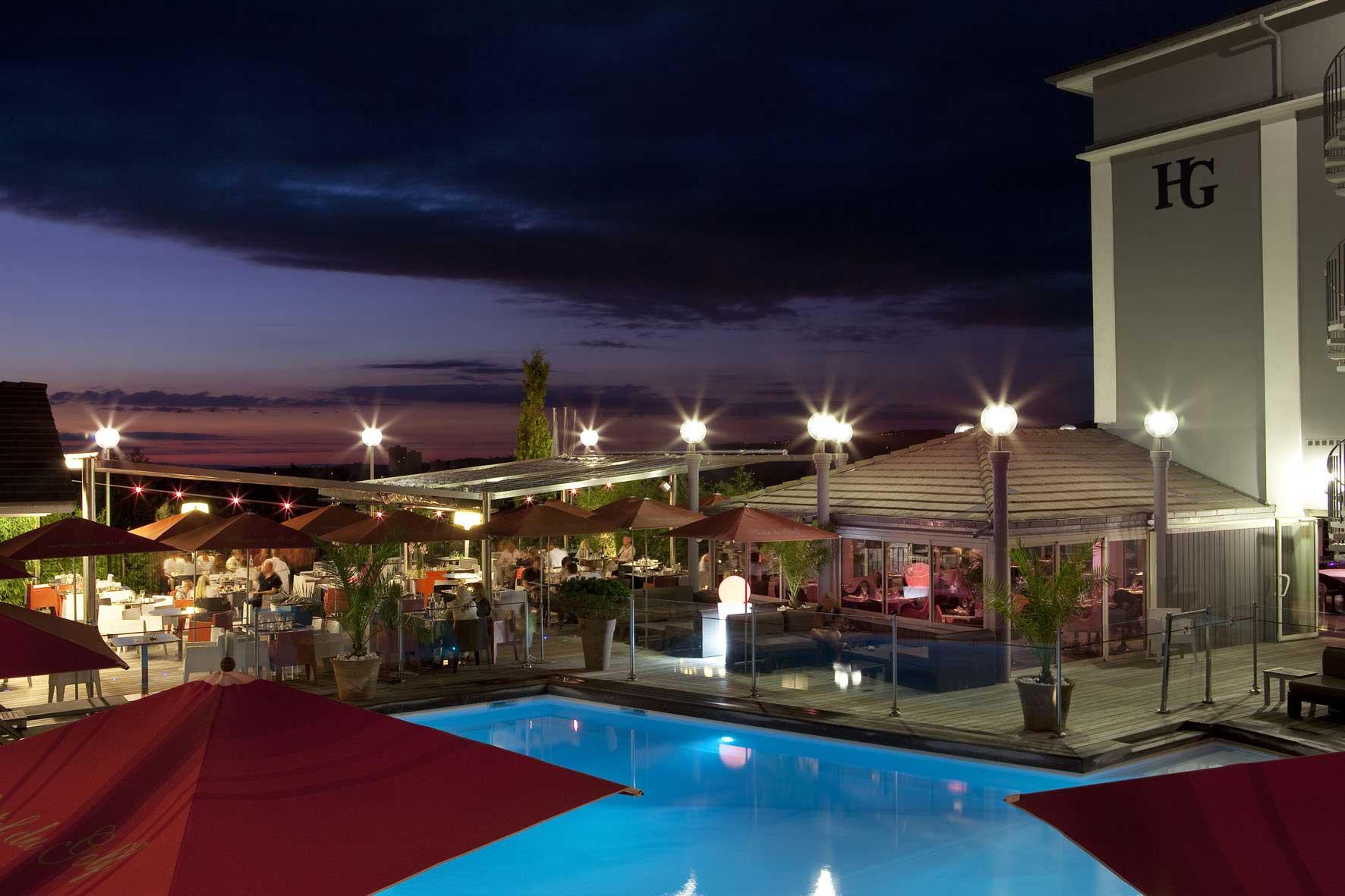 rbconcept-hotel-du-golf-terrasse-ete-nuit