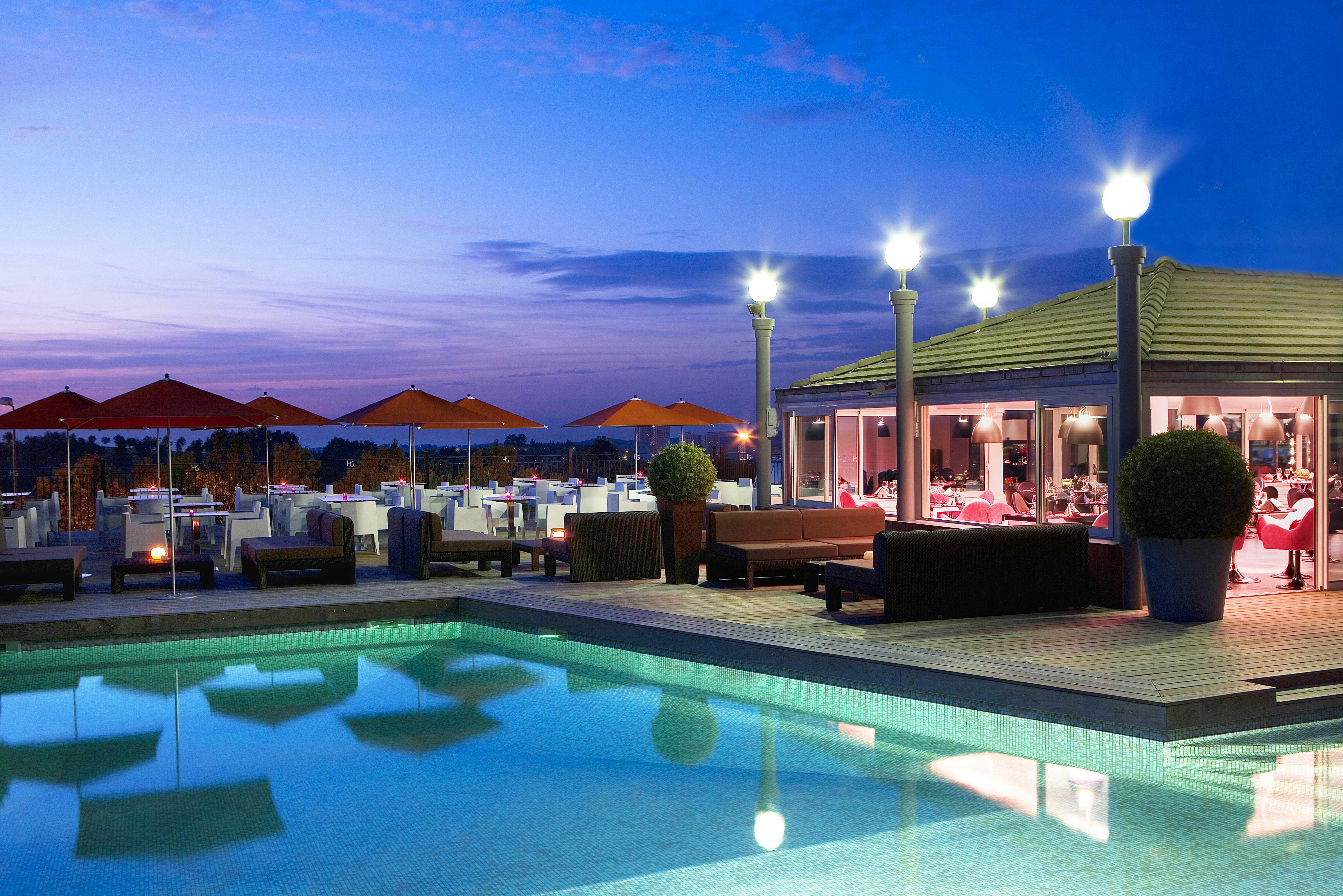 rbconcept-hotel-du-golf-terrasse-nuit